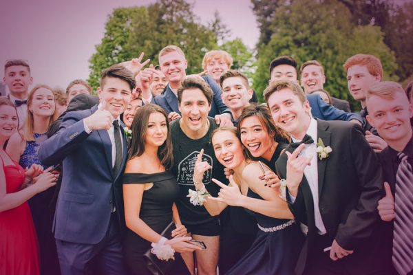Justin Trudeau Photobombs A Prom Picture, Which Makes Him King