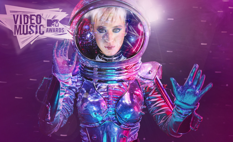 Katy Perry Is Hosting The VMA's As Moonwoman