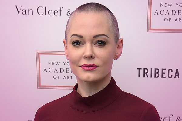 Rose McGowan 'uncharms' Hollywood.