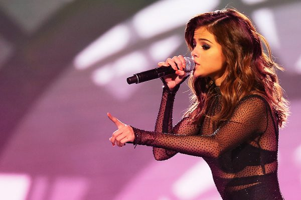 Selena Gomez correcting her ex