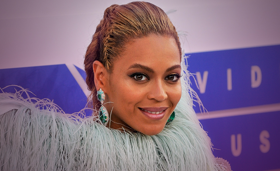 beyonce emmys lemonade greece