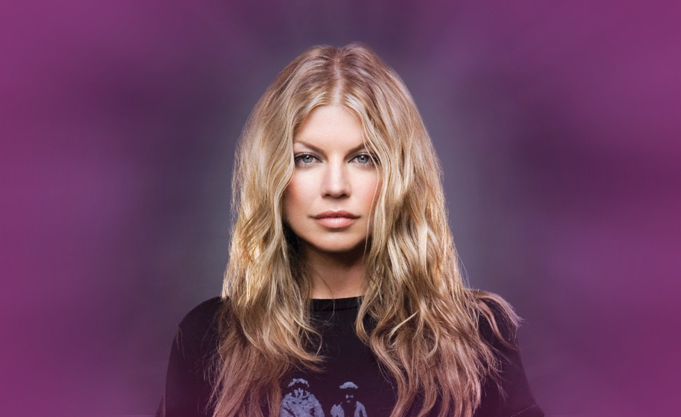 Fergie Officially Leaves Black Eyed Peas for A Solo Career